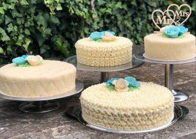 witte-bruidstaart-trouwerij-cake-mr-mrs-bakkerij-giessenburg-gorinchem-banketaria-graanbuurt